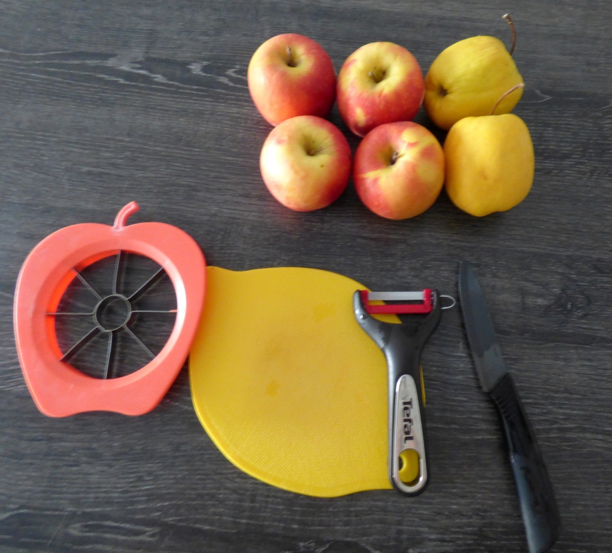 compote pomme preparation.JPG