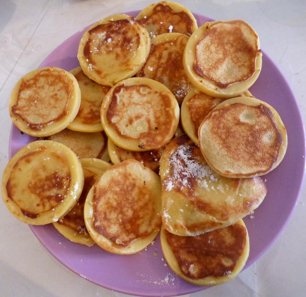 plat de pancakes.JPG